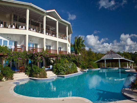 Swimming pool at Calabash Cove
