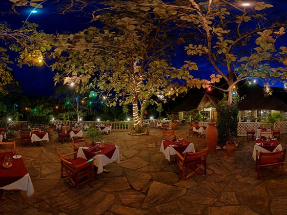 Terrace at the Baobab restaurant at Papillon Lagoon Reef