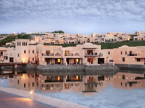 The Cova Rotana, Villas on the lagoon