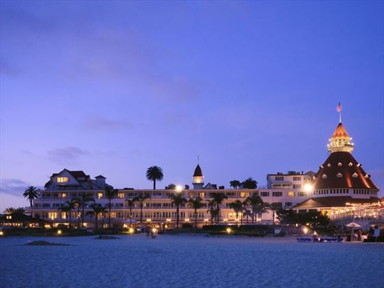 The iconic Hotel Del Coronado at night