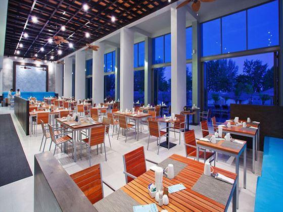 The Mangrove restaurant at Mai Khaolak Beach Resort & Spa