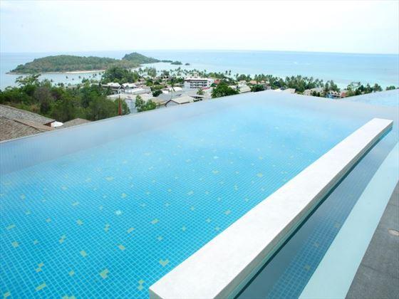 Three tier infinity pool at KC Resort