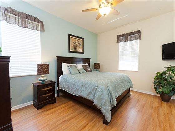 Typical Disney Area Executive Plus  Bedroom