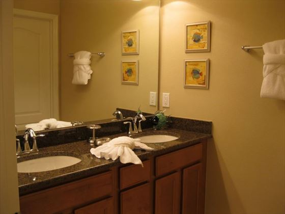 Typical Disney Area Platinum Town Home bathroom