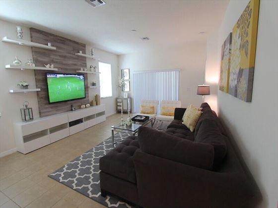 Typical Veranda Palms  Living Room