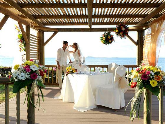 Stunning garden wedding