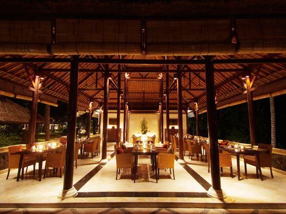 Wantilan restaurant at Spa Village Resort Tembok