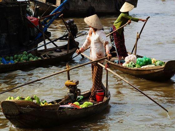 Working women on the Mekong Delta