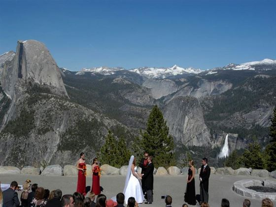 Wedding party at Glaicer Point, Yosemite