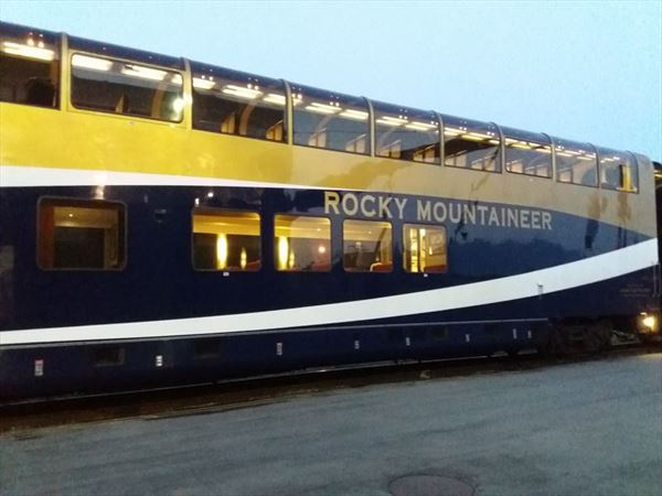 rocky mountaineer train Donna