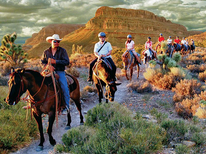 Grand Canyon Ranch Hotel, Horse trail