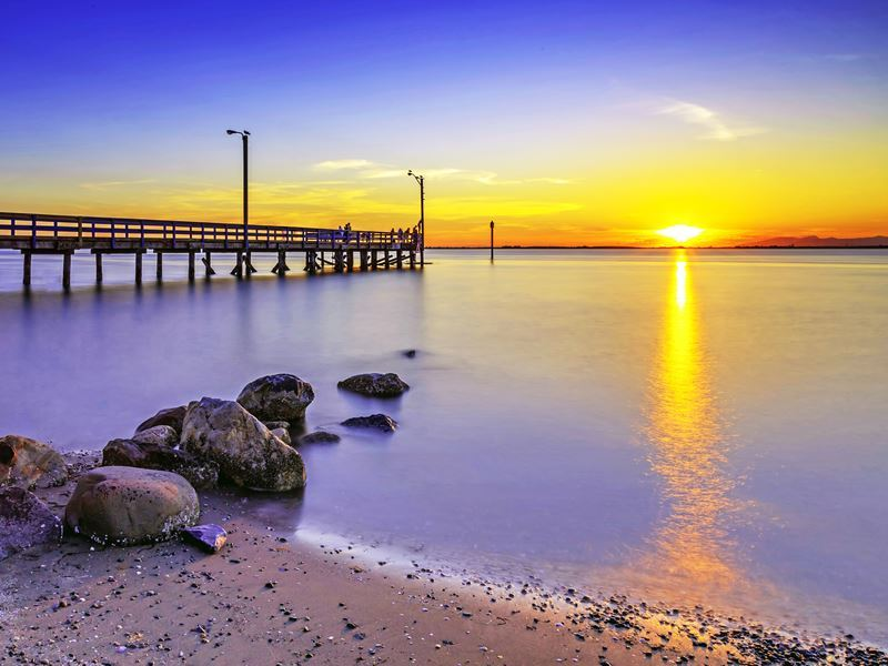 beach pier surrey bc