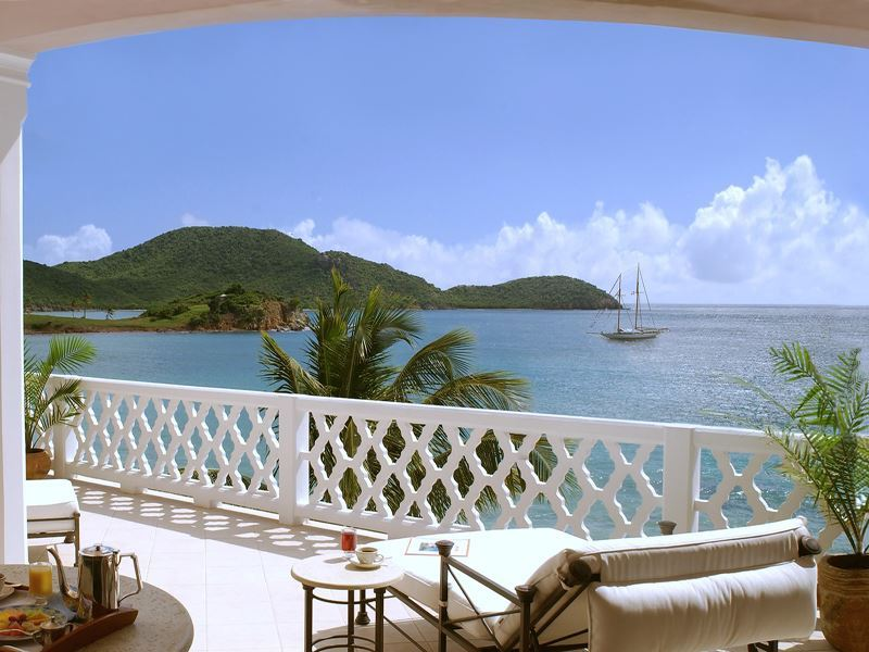 curtain bluff grace balcony