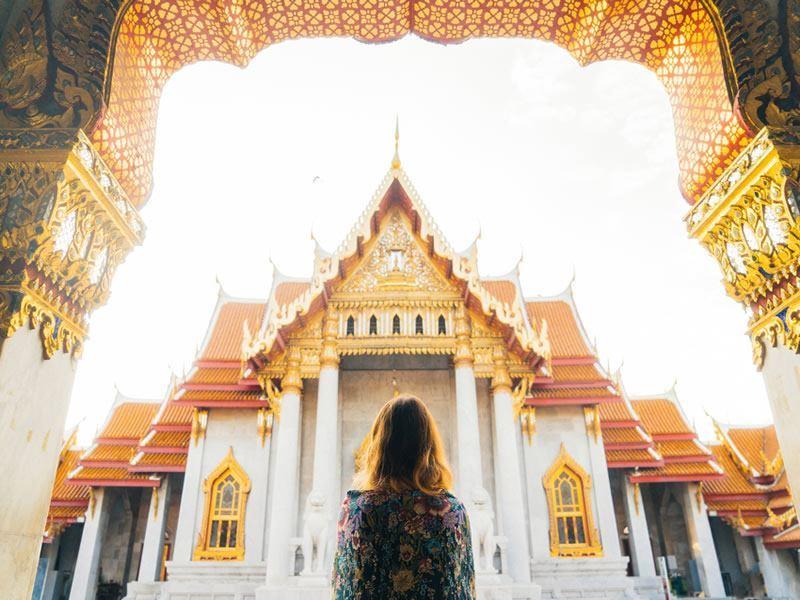 exploring wat pho temple bangkok