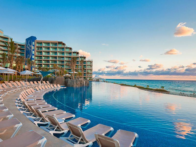 hard rock hotel cancun pool