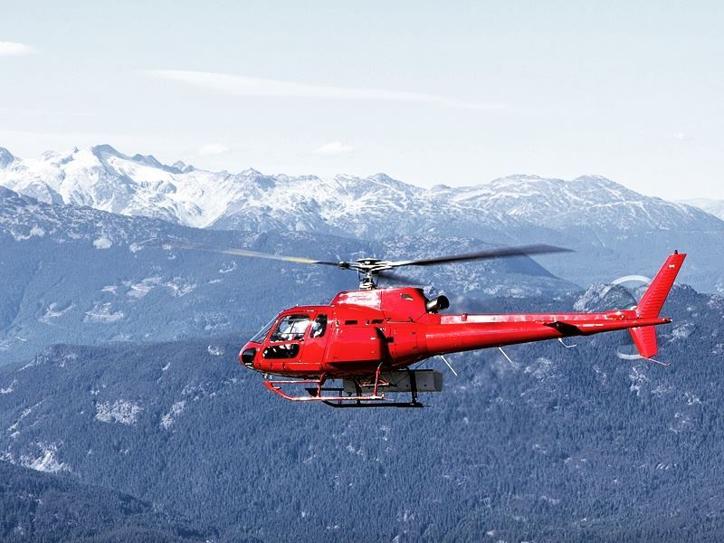 helicopter tour over whistler