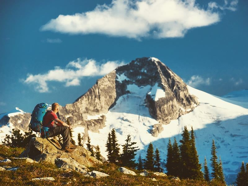 hiking in whistler