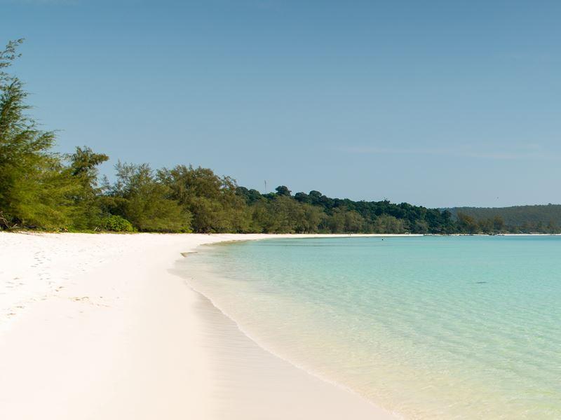 island beach off sihanoukville cambodia