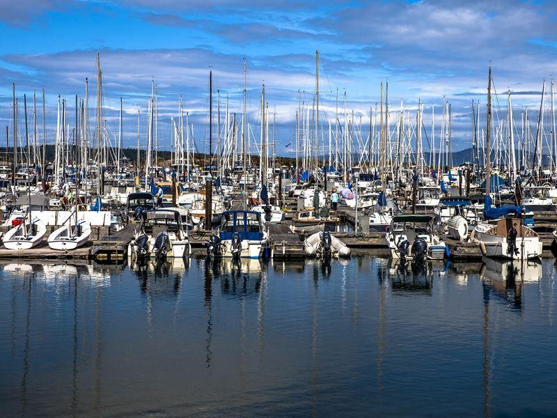 oak bay marina victoria