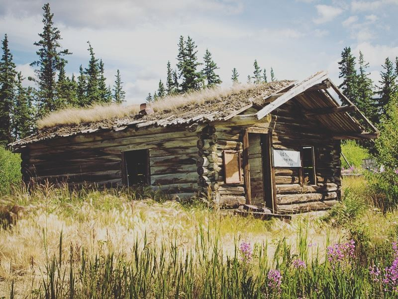 old wooden cabin yukon