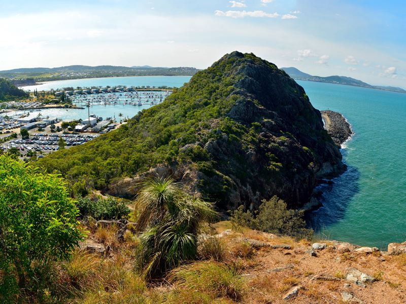rosslyn bay marina near yeppoon
