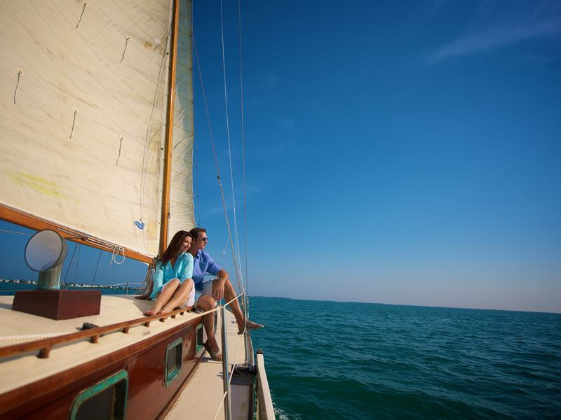 sailing the fort myers coastline