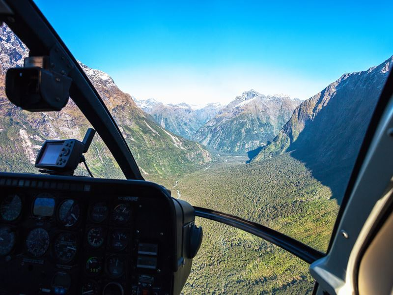 scenic helicopter flight milford sound