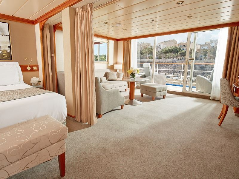 seven seas mariner penthouse suite